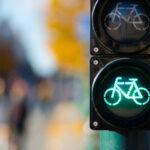 Jak jeździć i przewozić rower w czasie epidemii? Poradnik