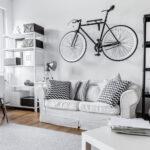 Sprytne sposoby na przechowywanie bagażnika rowerowego, boxu i roweru w małym mieszkaniu